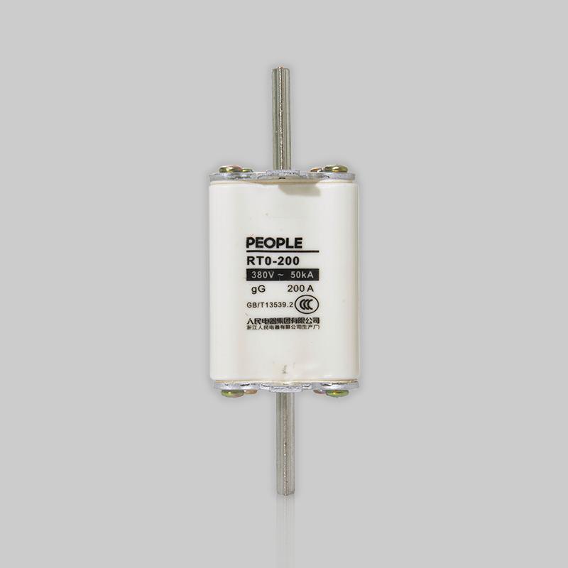 RT0系列有填料封闭管式刀型触头熔断器